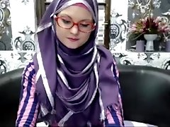 xhamster Super skinny teen in hijab -...