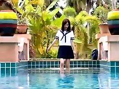 Yuri Hamada Getting Very Wet! -...