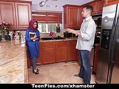 TeenPies - Muslim Girl Praises...