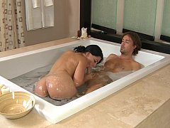 xhamster She knows how to use the soapy...