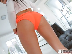 AllInternal Sweet teen Tina gets...