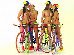 xhamster Bikes and broads