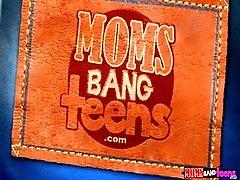 Moms Bang Teen - India Summer...